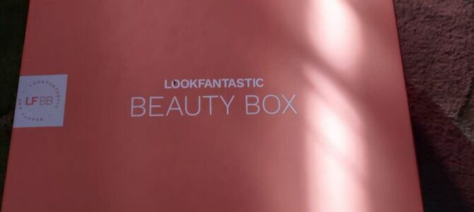 Lookfantastic box: únor 2021