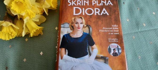 Skříň plná Diora – recenze