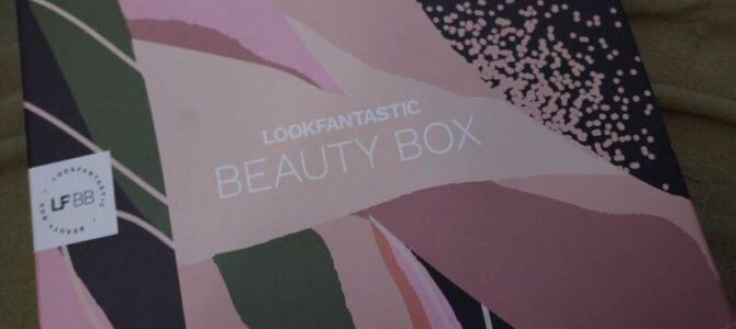 Lookfantastic box: červen 2021