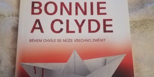 Jako Bonnie a Clyde – recenze
