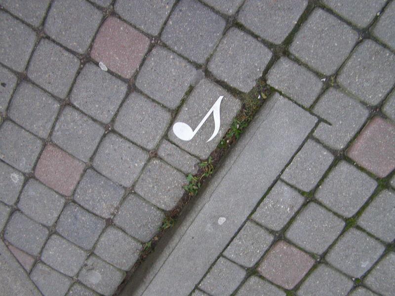Liepaja - město hudby - tyto noty můžete najít po celém městě