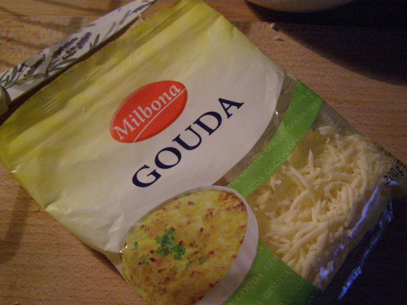 do směsi dáme ještě strouhaný sýr