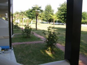 zahrada našeho hotelu