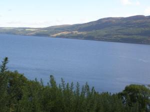 jezero Loch Ness