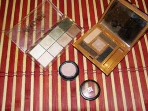 paletka očních stínů All about Vintage od Essence, báze pod oční stíny Jordana, paletka očních stínů Luxurious Nude, Avon Luxe