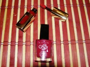 Ruby Opera od Lorealu, lak na nehty z Avonu