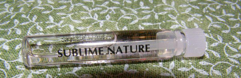 k objednávce jsem dostala jako dárek vzorek vůně Sublime Nature